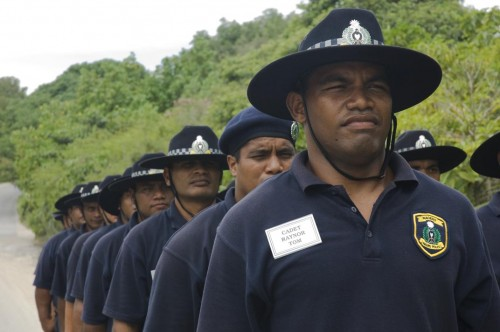 Nauru_cadet_police_on_training_exercise_24e315eccbc95f70b.jpg